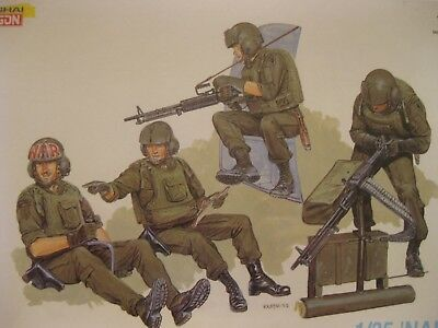 Us Army Helicopter Crew Huey Uh1 Cayuse Vietnam Series Dragon 4 Figures Model
