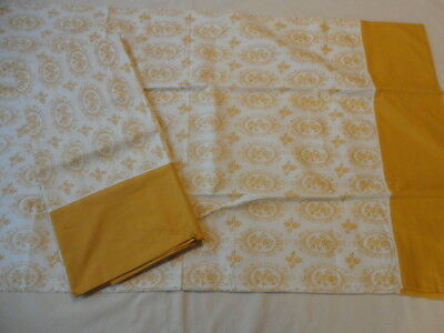 2 Vintage 1970's  Cannon All Cotton Percale  Pillowcases , Gold Floral Print