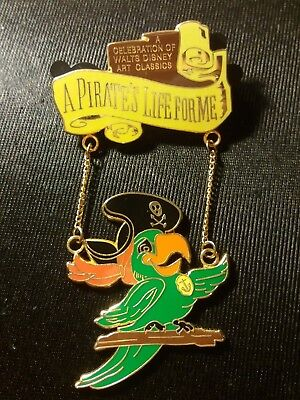 Pins Disney Wdcc Pin Pirate Of The Caribbean Parrot Dangle Pirate's Life 1259