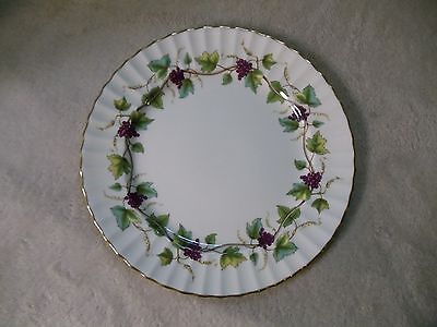 "EUC Royal Worcester Fine English Bone China 10 1/2"" Plate ""Bacchanal"" Pattern"