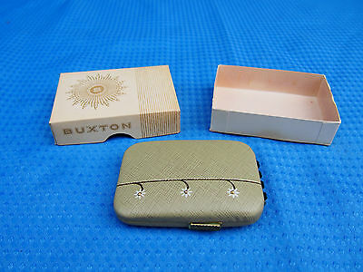 Vintage Buxton Key-Tainer Beige Cowhide Floral Leather Hard Case w/ Original Box