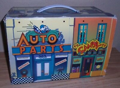 Chevron Cars Collection garage display box carry case 1998