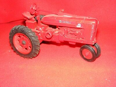 Ertl IH FARMALL Tractor, Super M-TA Torque Amplifier, Lightly Played With