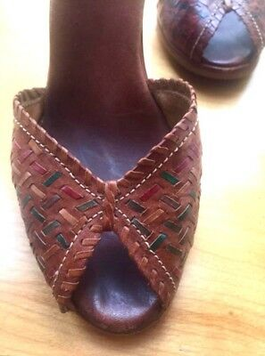 Vintage Woodworks by ThomMcAn, Women's 7, sandals (Made in Brazil)