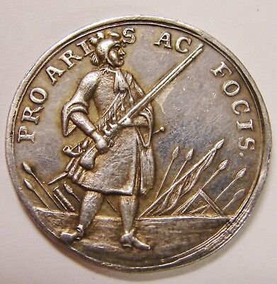 Swiss Cantons c. 1740 Silver Shooting Medal 'Pro Aris Ac Focis - 29mm / 10g