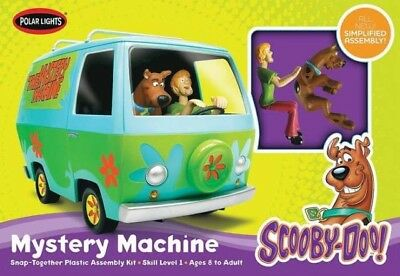 Polar Lights 901 Scooby-Doo Mystery Machine 1/25 Scale Snap-Together Model Kit