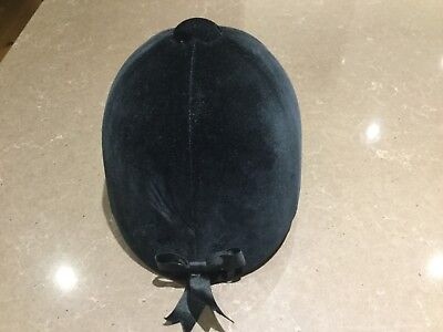 girls black velvet horse riding hat size 53cm/6 1/2 with bow at the back