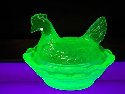 Boyd Glass Cobaline Glass Two Piece Mini Hen Chicken On Nest Salt Dip