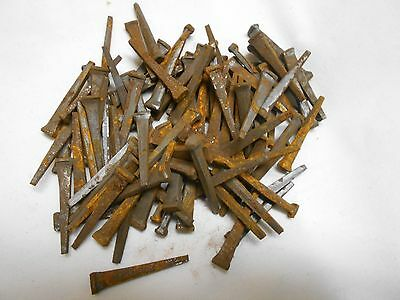 "Lot Of 100 Vintage Square Cut Raisin Head Nails 1-1/2"" 1.5"" NOS -  Rust Patina"