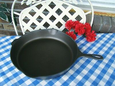 Unmarked Wagner Ware Cast Iron Skillet #12 – Cleaned and Seasoned