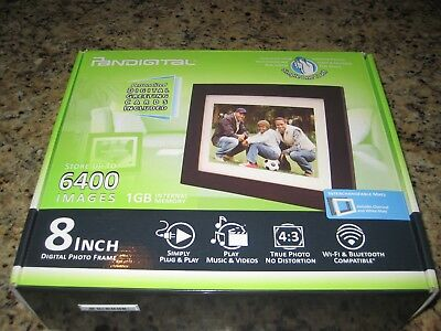 "PanDigital  LED DIGITAL PHOTO FRAME 8""/Wood Frame/1600 Images"