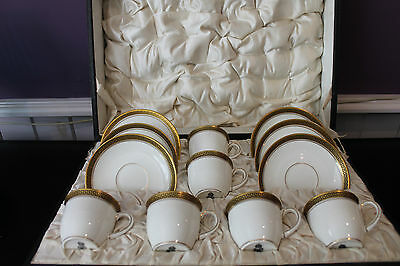 Set Of Crown Chelsea England China Demitasse Cup And Saucers - Original Case