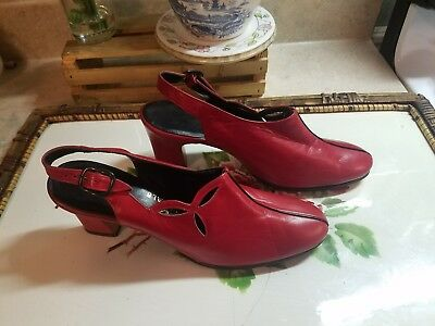 Vintage 60s Gamer Rich Red Leather Mod Sling Back Bootie Heels Size 5