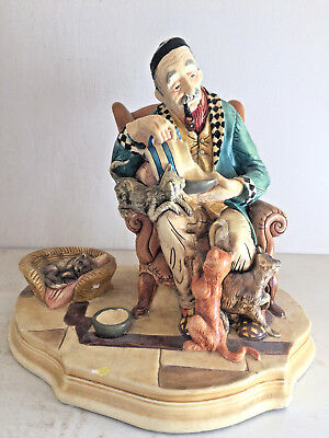 """Unique Vintage Naturecraft Old Man with Cats collectible figurine - 7"""" Tall"""