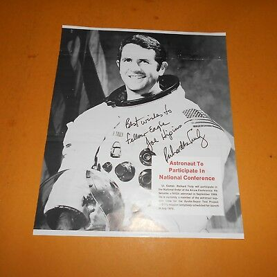 Richard H Truly is a retired Vice Admiral former astronaut Hand Signed Mag Photo