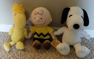 Kohl's Cares PEANUTS GANG lot of 3 plush toys CHARLIE BROWN SNOOPY & WOODSTOCK