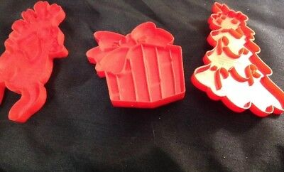 Vintage Wilton Lot of 3 1978 Red Plastic Christmas Cookie Cutters