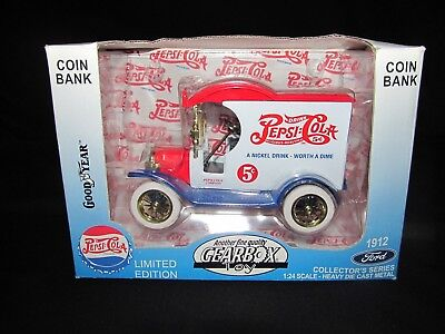 1912 Ford Pepsi-Cola Die Cast Delivery Truck 1:24 Scale Coin Bank by Gearbox NIB