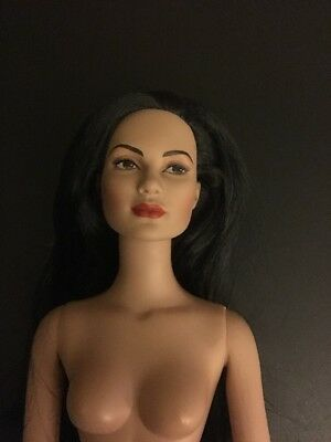 """Tonner Doll Co 16"""" Doll Nude Mint"""