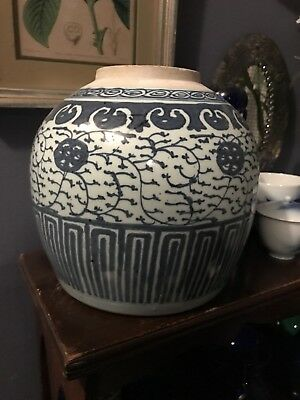 Mid 19th c  Chinese Antique Blue and White Porcelain Vase
