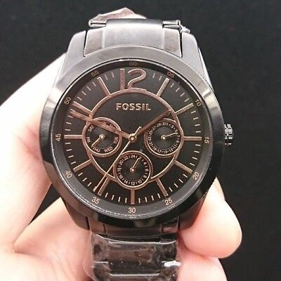 New Old Stock FOSSIL BQ1693 Black Stainlesss Steel Quartz Women Watch