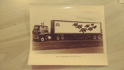 NOS Vintage Collectible Arctic Cat Snowmobile Race Support truck Picture