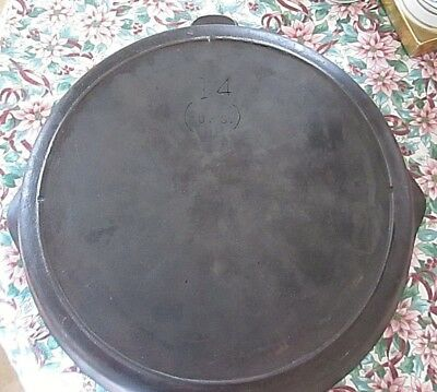 A Vintage Lodge No.14 (US) Cast Iron Skillet with 3 notch heat ring!!