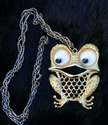 JJ Googly eyed frog necklace vintage