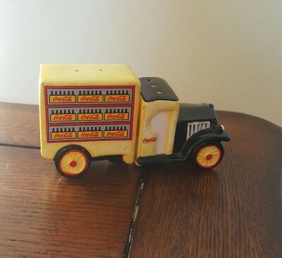 1997 Coca Cola Ceramic Delivery Truck Salt and Pepper Shaker Set Chattanooga TN
