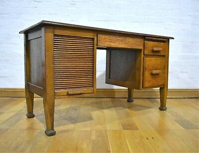 Antique Vintage large Oak Early 20th century twin pedestal writing desk