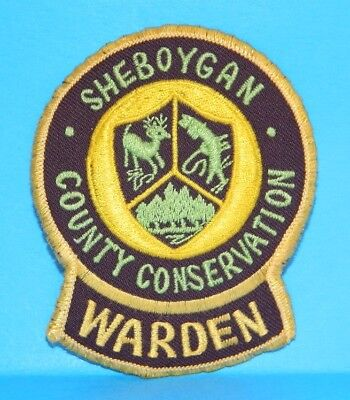 """Wisconsin, SHEBOYGAN COUNTY CONSERVATION, WARDEN Patch, vg used, 3"""" dia."""
