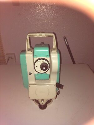Nikon NPL332 Total Station reflectorless. Transfer cable and Connex software