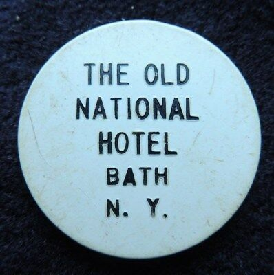 The  Old  National  Hotel       Bath  N.y.      { White  Plastic }