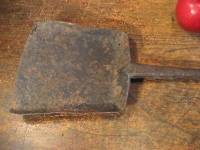 Antique Hand Forged Iron Long Handle Hearth Shovel With Loly-Pop Handle