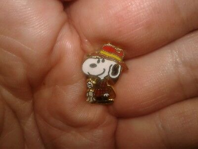 Vintage Aviva Snoopy Fisherman Mini Pin