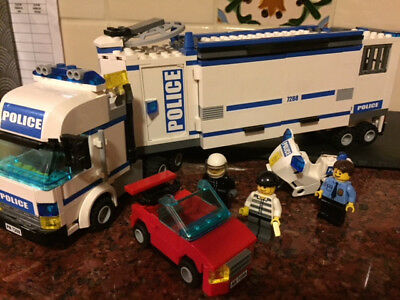LEGO City Mobile Police Unit (60044) stakeout unit, red getaway car, motorcycle