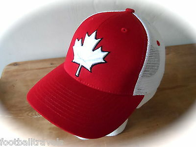 ZEPHYR CANADA Z SNAPBACK CAP Casquette TUQUE Hat White Maple Leaf NEW TAGS
