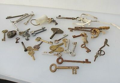 Old Keys Iron & Brass Antique Vintage Retro Modern Clocks Door Job lot Bulk