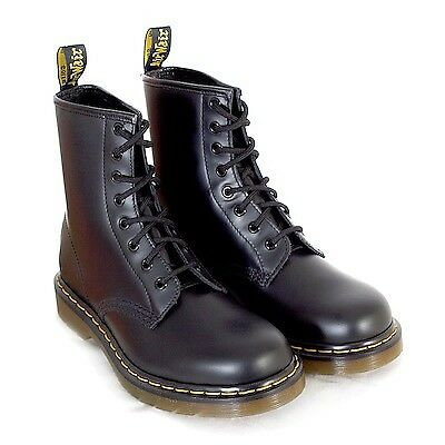 Dr Martens Unisex 1460 8 Eyelet Smooth Leather Lace-Up Boot Black