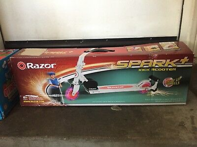 Razor Spark Kick Scooter With Light Up Wheels Red 45 00 Picclick