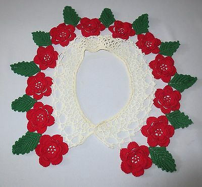 Vtg Hand crochet Lace Collar Christmas Poinsettia Roses 1960's Excellent