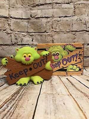 Avon 1992 Keep Out Creature Door / Wall Hanger Vintage Toy Lights & Sounds