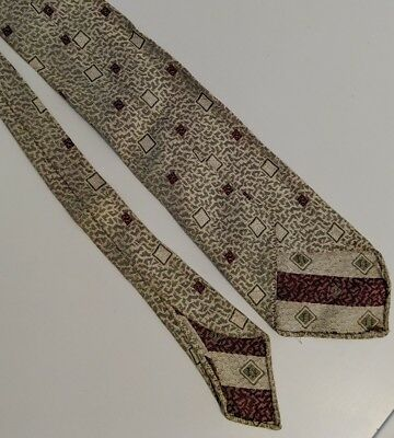 Gents Vintage 1930s silver red & white  patterned tie
