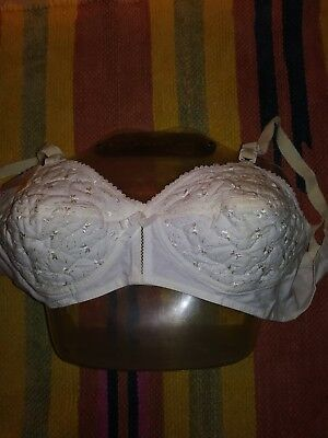 Vtg 60s Dead Stock Kodel Embroidered bra 32 B
