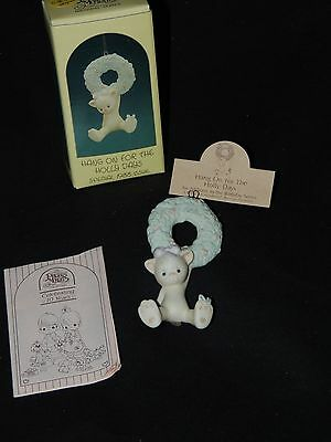 Precious Moments Hang on for the Holly Days Ornament - kitty on wreath 520292