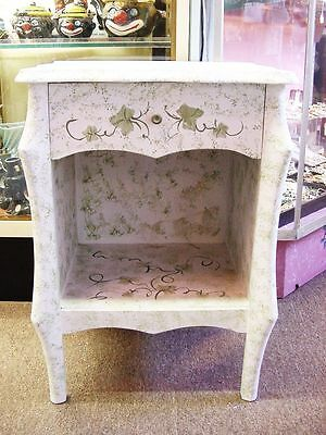 HAND PAINTED IVY on WHITE SHABBY COTTAGE COASTAL NIGHT STAND / TABLE ~ OHIO