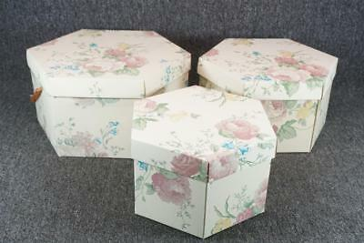 """Set Of Three Nested Hat Boxes With Lids Floral Design 13"""", 11.25"""", & 9.75"""""""
