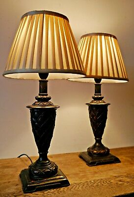 Pair of Designer Antique Neo Classical Style Desk Table Occasional Lamps Light