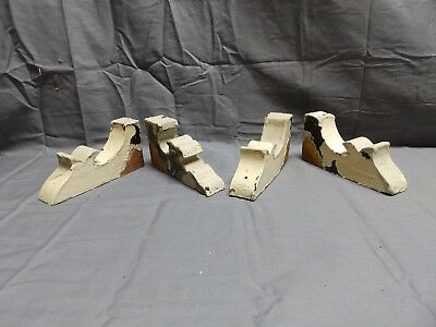 Antique Set of 4 Small Wood Corbels Gingerbread Architectural Shabby Vtg 303-18P