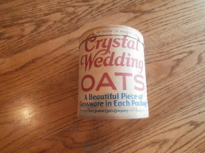 """Vintage Crystal Wedding Oats """"The Quaker Oats Company"""" Box Container"""